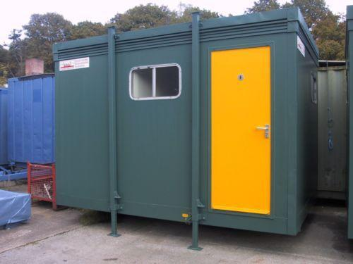 Elliott-portable-ladies-toilet