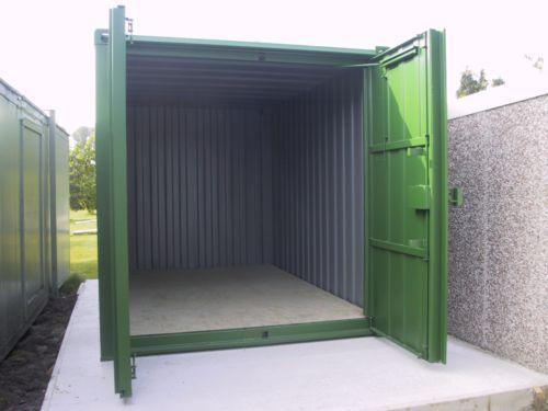 ironclad-store-with-open-doors