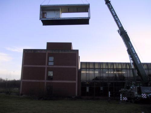 modular-portakabin-being-lifted-down (1)