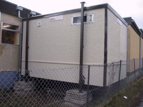 portable-toilet-added-to-a-modular-building